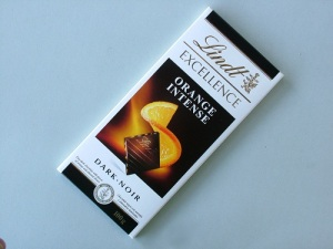 Lindt Chocolate. Available to buy online in Australia from Moo-Lolly-Bar. To do that just click on this image!